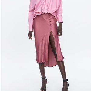 Zara satin buttoned skirt